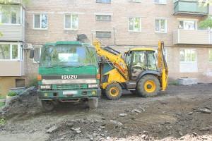 Асфальтировать дворы компания-подрядчик начнет в начале июля
