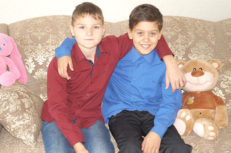 Саша и Женя – родные братья и лучшие друзья