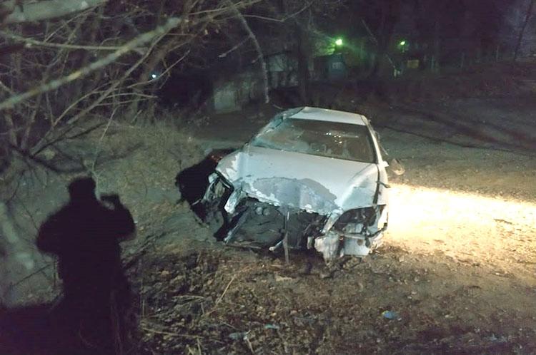 После аварии на улице Ленинской водитель сбежал