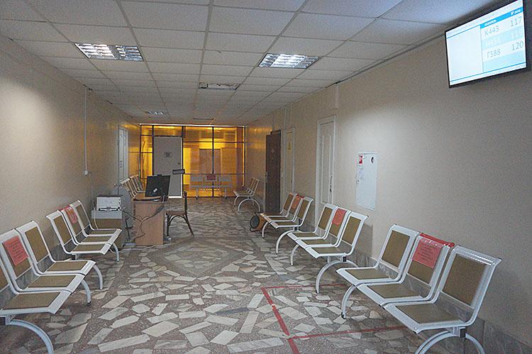 На вечернем приеме пациентов не оказалось, хотя еще недавно были очереди допоздна