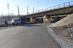 Высота моста не позволяет свободно проезжать крупногабаритному транспорту