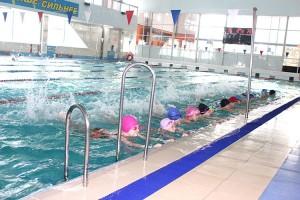 После первых занятий дети просят записать их в секцию плавания