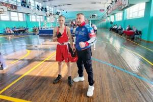 Николай Денисов впервые боксировал на краевом турнире