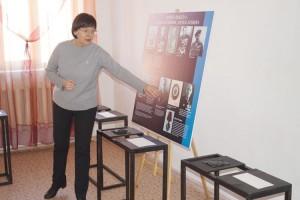 Выставка адаптирована для людей с нарушением зрения
