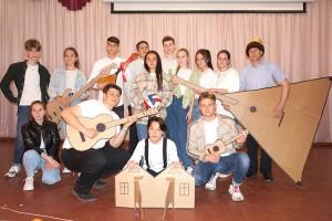 Победитель конкурса - Максим Завязочников и его дружная команда из школы №2