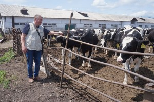 Молоко из фермерского хозяйства Ивана Полуэктова на прилавках всего юга Приморья