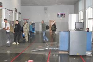 С 1 июля в здание вокзала без досмотра не пройти