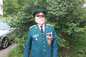 Ветеран службы ГИБДД Владимир Посохов