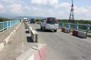 Губернатор Приморья Олег Кожемяко поручил специалистам разобраться с проблемным мостом