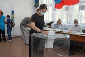 Избиратели шли на участки с утра первого дня выборов, активнее всего голосовали 19 сентября