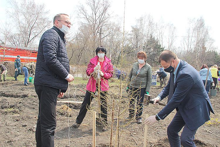 Олег Бондарев: «Деревья будут расти, а в наших сердцах будет жить память»
